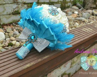 SARAH wedding bouquet brooches and feathers
