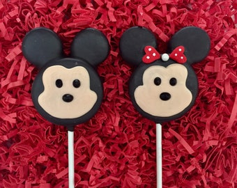 """Mickey Minnie mouse """"Tsum Tsum"""" Oreo cookie pops / party favor / chocolate covered Oreo / one dozen (12)"""