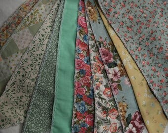 Cottage Print Country Style Bunting