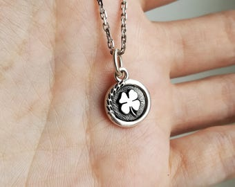 Small Clover Sterling silver pendant