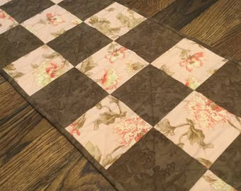 Quilted Brown and Peach Table Runner, Peach Table Runner, Peach Table Decor, Quilted Dresser Scarf, Quilted Dresser Runner, Table Quilt