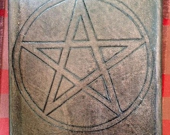Wiccan book of Shadows circle and pentagram combine