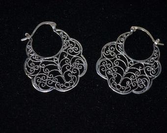 Sterling Silver Scallop Swirl Hoop Earrings