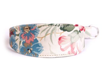 Vintage floral fabric and leather 36cm Martngale collar.