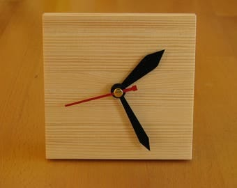 wooden clock, handicrafts, home decor, hut decor, gifts for men, housewarming gifts, personalized watch,cottage decor