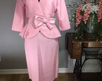 Vintage 1980s 1990s Pink blazer and skirt combo suit. Petites by Nu-Mode