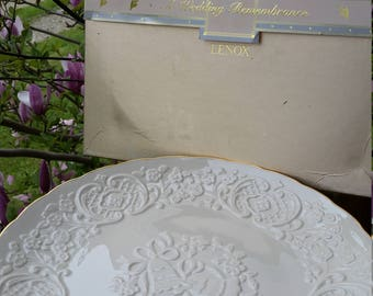 LENOX China Marriage Wedding Plate - 24K Gold edging