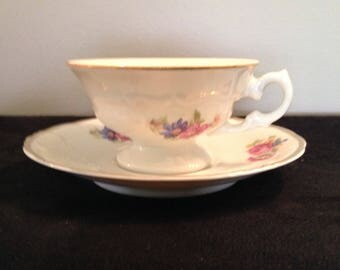 Walbrzych/Wawel Vintage Made in Poland Minuet set of FourTea cups and saucers