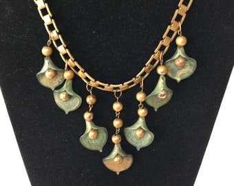 Victorian green glass lily book chain necklace
