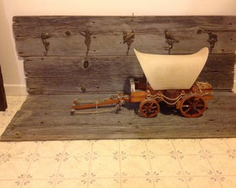 Western Covered Wagon Antique Style Lamp