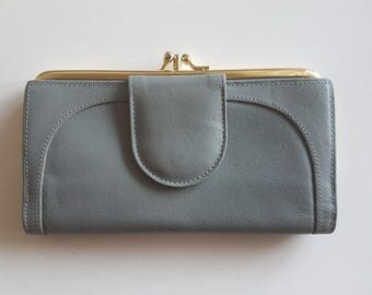 Grey Leather Buxton Wallet