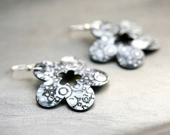 Black & White Flower Dangle Earrings - Small