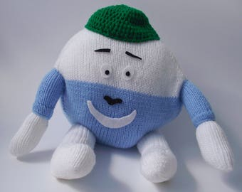 Knitted Humpty Dumpty