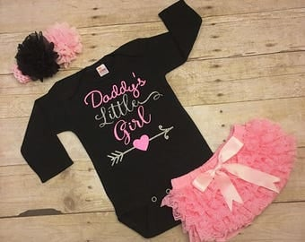 Daddys Little Girl, Daddys Girl Bodysuit, new dad gift, Daddys Princess, baby girl outfit, infant girl bodysuit, girls clothing