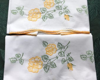 """2 Matching Vintage Embroidered Linen Pillow Cases Crochet Edges 29"""" x 21"""""""