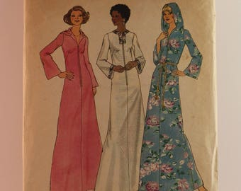 Vintage Sewing Pattern Simplicity Dress 6766 Size Medium