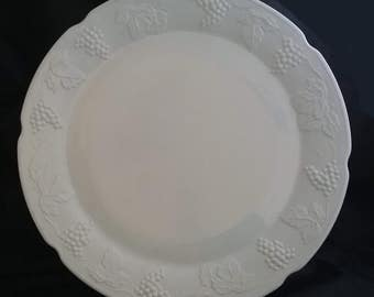 Milk Glass Cake/Torte Plate Colony Harvest Grape Pattern by Indiana Glass