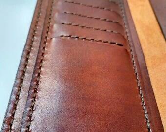 Elegant Long leather wallet for Pleasant travels