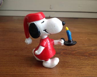 Vintage plastic snoopy figure in nightgown 1966