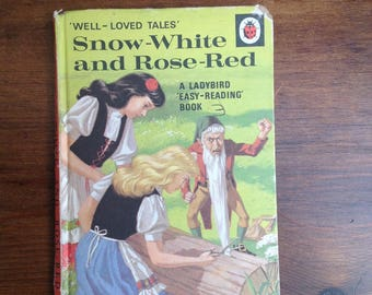 Vintage ladybird book Snow White and Rose red 1960s Matt cover