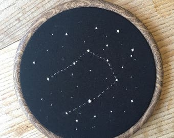 Gemini Vintage Star Sign Embroidery