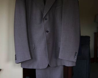 Late 40s / Early 50s Single Breasted Men's Suit