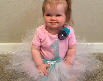 1st Birthday girl outfit, 1st birthday tutu, 1st birthday onsie, tutu outfit, pink and white 1st birthday outfit