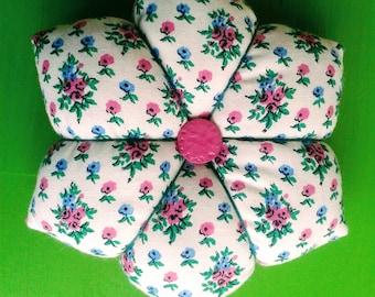 Large, patterned pink Pincushion or pincushion.