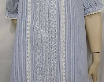 Short sleeve striped cotton and white lace tunic