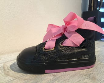 Converse (opportunity) black and pink