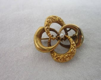 Antique Victorian Gold Filled Quad Circle Brooch with Real Pearl