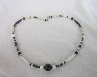 Vintage Rolled Paper and Glass Beaded Black & Whits Necklace