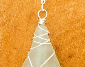 Aqua/White wire wrapped seaglass pendant