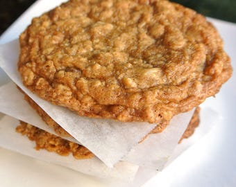 Chewy Oatmeal Cookie - 1 Baker's Dozen (13) Homemade Bakery Size Cookies