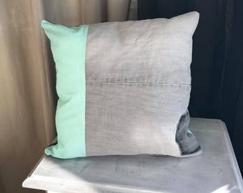 Cushion in denim and cotton, 40 x 40
