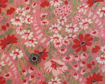 FAT EIGHTH Floral Cotton Lawn Fabric | Regent Street Cotton Lawn Fabric from Moda