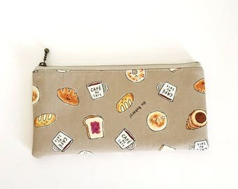 Flat  zipper pouch  -love bread