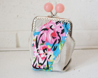 Money purse with Pink Galah screen print applique. Change Credit Card holder. Large Candy Bead metal frame clasp.