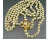 Vintage Joan Rivers Bee Pearl Necklace