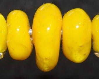 Luscious lemon- seven boro lampwork beads SRA K45