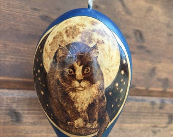 Full Moon Cat Ornament egg gourd