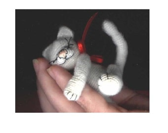 Mini Cat Kitten Thread Crochet Pattern by Bear Artist. Instant Download Miniature Animal Figure Crafts Amigurumi Edith Molina