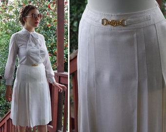 CELINE Paris 1970's Vintage White Pleated Skirt w/ Brass Gold Chain // size Small // Waist 26 Small // Made in ITALY