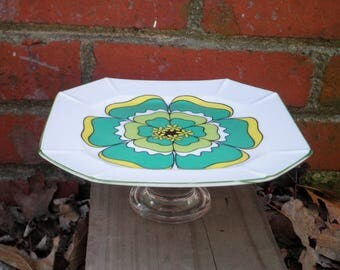 Vintage Flower Cupcake Plate / Cookie Platter / Appetizer Stand - Funky Retro Green & Yellow Daisy Serving Plate - Gift for Mom / Hostess