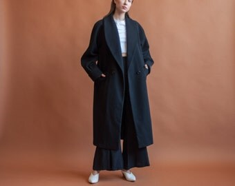 deadstock black oversized winter overcoat / long black coat / classic simple coat / s / m / l / 2142o / R3