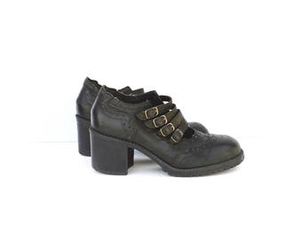 strappy chunky heel shoes/ perforated mary jane platform shoes / 6.5