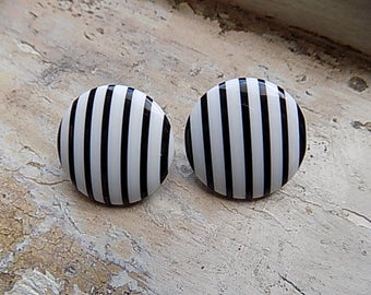FREE SHIPPING Vintage Black and White Stripe 80s Post Earrings