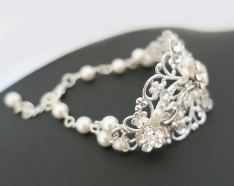 Bridal Cuff Bracelet, Bridal Statement Bracelet, Wedding Bracelet Pearl Crystal, Bridal Jewelry Vintage, Pearl Rhinestone, Wedding Jewelry