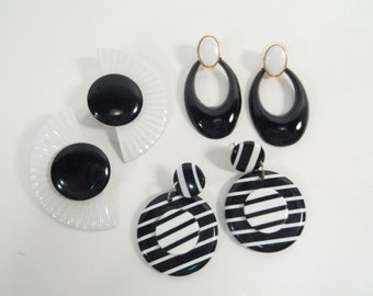 Vintage 80's pierced earrings, black and white, 80's fashion, set of 3, instant collection, mod earrings, earring lot, post earrings
