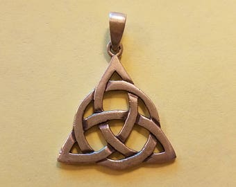 Vintage Sterling Silver Celtic Knot Witch Triquetra Pendant